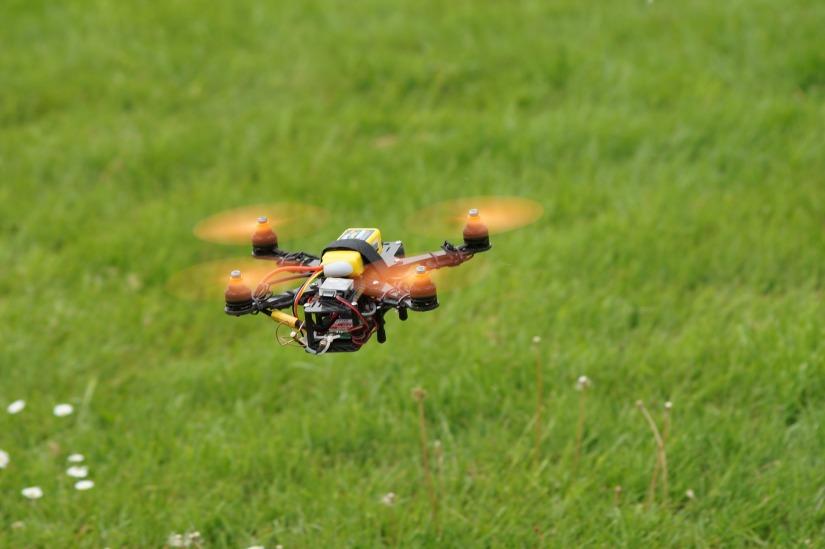 drone-905955_1920