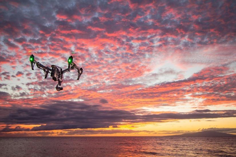drone-698564_1920
